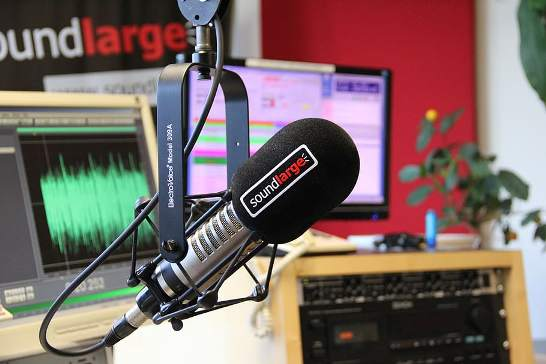 How to Become RJ in Radio Mirchi?